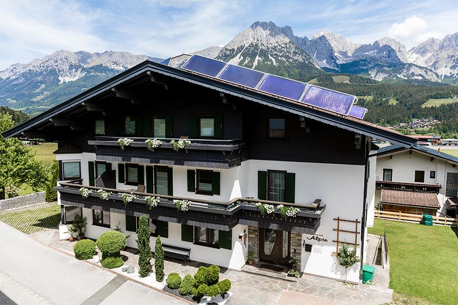 komplett ausgestattete Ferienwohnungen inmitten der Bergkulisse vom Wilden Kaiser